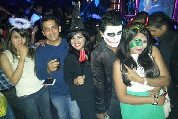 club Spirit High at Khar